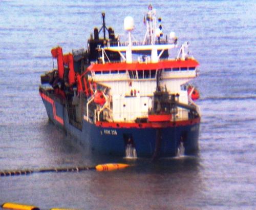 La super draga ham 316 de la isla palmera de dubai al puerto de gij n el musel - Puerto de gijon empleo ...